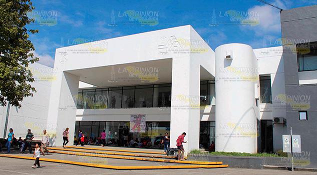 Hospital Regional de Poza Rica en el abandono