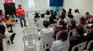 Instruyen a personal del Hospital de Cerro Azul