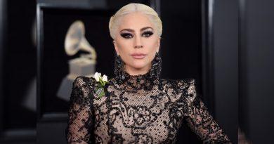 Lady Gaga reveló que está embarazada