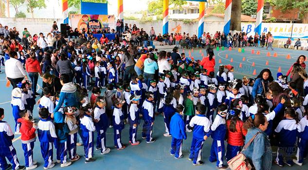 Llevan a cabo en Álamo mini olimpiada de los cuatro CAIC