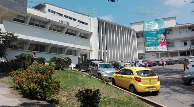 Personal médico amenaza con paro en hospital de Tuxpan