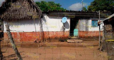 Masacran a madre e hijo en comunidad de Acayucan
