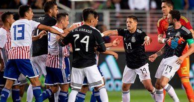 Miguel Layún pide disculpas por pleito con Almirón en el México vs. Paraguay