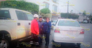 Mujer lesionada en fuerte choque en el fraccionamiento Tajín de Papantla