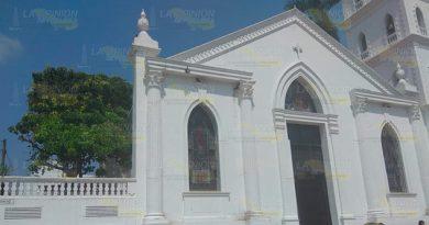Nulo interés en bodas igualitarias en Registro Civil de Tuxpan