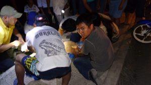 Padre e hijo en motocicleta son atropellados por su vecino en Álamo