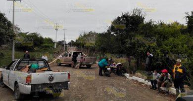 Pobladores bloquean empresas en Tamiahua