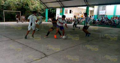 Primera jornada estudiantil InterCECyTEC 2019 en Papantla