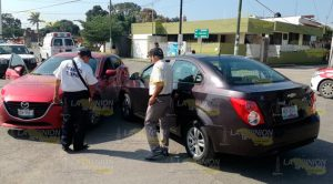 Provoca accidente en Tuxpan por intentar dar vuelta en U
