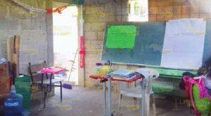 Secundaria de Poza Rica no cuenta con salones