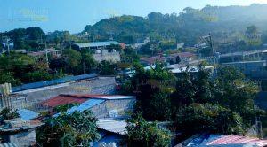 Sin regularizar 400 predios en colonia de Tihuatlán