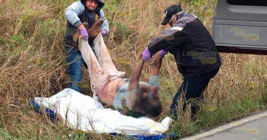 Tiran cadáver putrefacto en la carretera Tuxpan - Tamiahua
