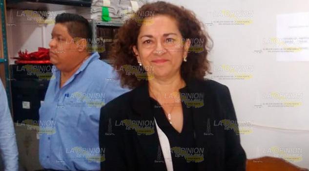 Toma posesión nueva titular del Registro Civil en Cazones de Herrera