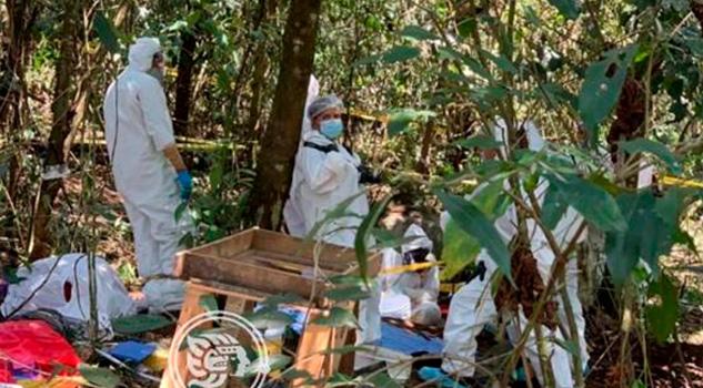 Tras excavación, exhuman restos humanos en Río Blanco