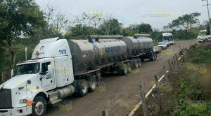 Tres días de bloqueos en accesos a compañías en Tamiahua