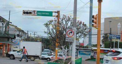 Van a cambiar por fin los semáforos en Poza Rica
