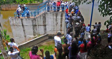 Vuelven a dejar sin agua a Coatza y Mina por toma de presa Yuribia