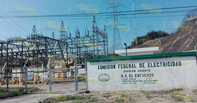 Quejas por fallas de CFE en colonias de Tuxpan