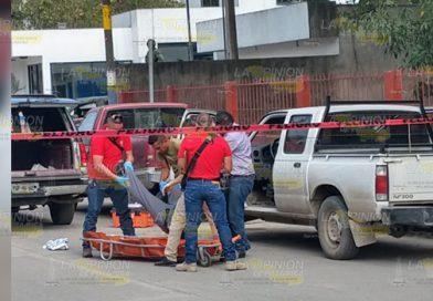 Matan a balazos a padre de familia frente a la Secundaria Técnica 67 en Álamo
