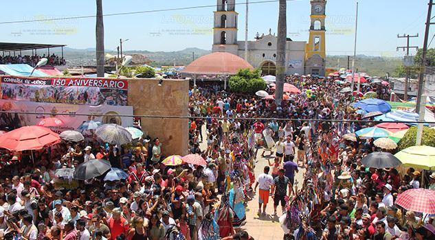 ¡AHÍ VIENE JUDAS! Celebran Carrera de los Judíos en Coatzintla
