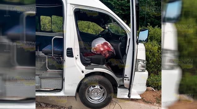 Asesinan a chofer de combi de Huauchinango