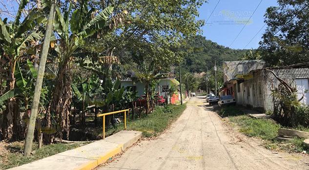 Aumenta necesidad de escrituración en Tihuatlán