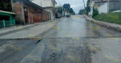 CAEV se desatiende de reparar las fugas en Cerro Azul