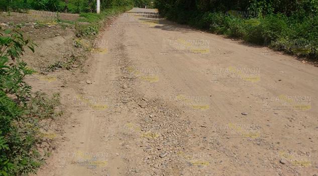 Cazones de Herrera, con pésimos accesos a comunidades
