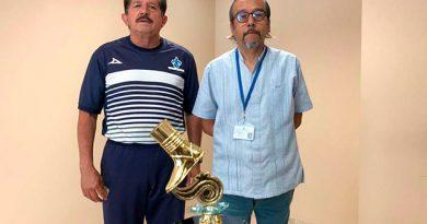 Condecoran al Medio Maratón de Veracruz con el Premio Rarámuri
