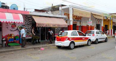 Desalojan boutique América en Cerro Azul