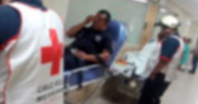 Enfrentamiento entre policías y sujetos sobre la Mendoza - Puebla