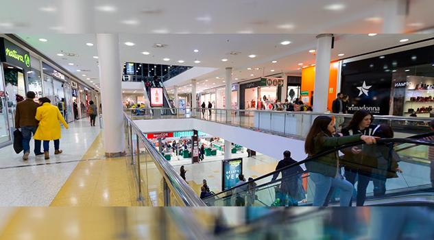 España ¿Por qué siguen construyendo centros comerciales