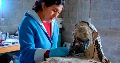 Especialistas del INAH restauran en Oaxaca imagen de Cristo con más de 400 años de antigüedad