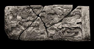 Estados Unidos devuelve a México fragmento de pieza maya