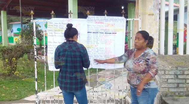 Exhiben a madres de familia como deudoras en Chinmapa de Gorostiza