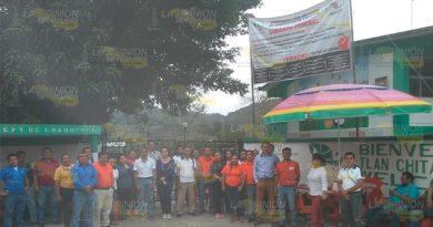 Indefinido paro laboral en planteles CECyTEV de Coxquihui y Filomeno Mata
