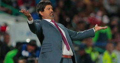 José Cardozo ni oportunidad tuvo para despedirse de jugadores