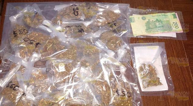 Los detienen con mariguana en la comunidad Por Venir Número 2, Papantla