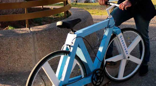 Mexicano crea bicicleta con papel reciclado