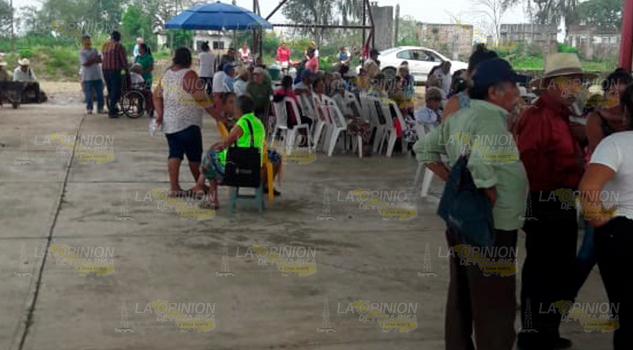 No les pagan a abuelitos de comunidades de Venustiano Carranza