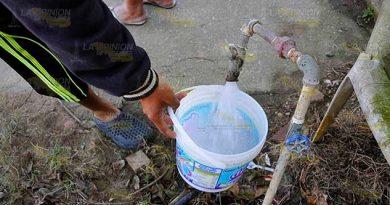 No tienen agua; reclaman a alcalde de Huauchinango