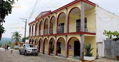 Piden la destitucion de la alcaldesa de Tancoco