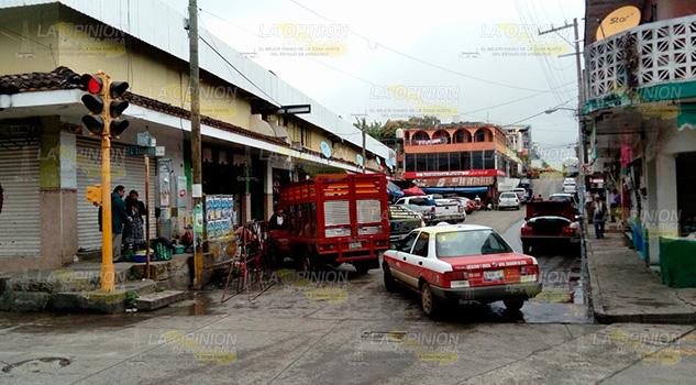 Por inseguridad comerciantes de Naranjos cierran sus negocios temprano