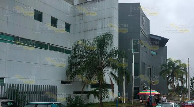 Denuncian robo en el ISSSTE de Poza Rica