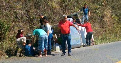 Se accidentan vacacionistas rubo a Temporal, Veracruz