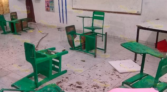 Se meten a robar en dos primarias de Coatzintla
