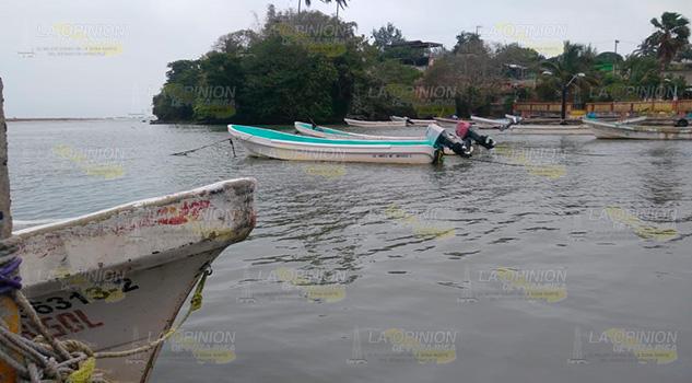 Sin apoyos los pescadores de Cazones de Herrera