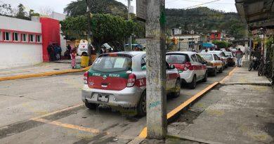 Taxistas abandonan el Sindicato de La Froseven Tihuatlán