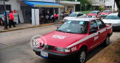 Taxistas del sur de Veracruz reducen horario por inseguridad