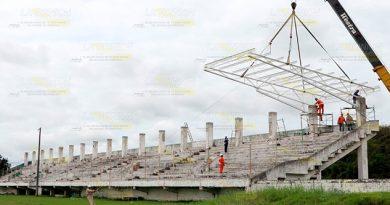 Techado para estadio y rehabilitan alberca en Tuxpan